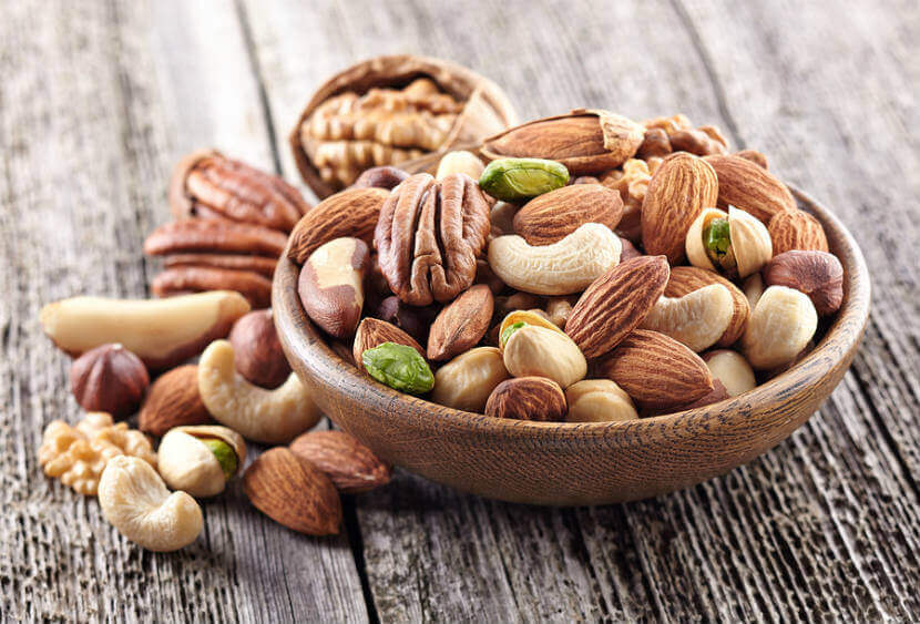 Nuts Diet for Thyroid Treatment